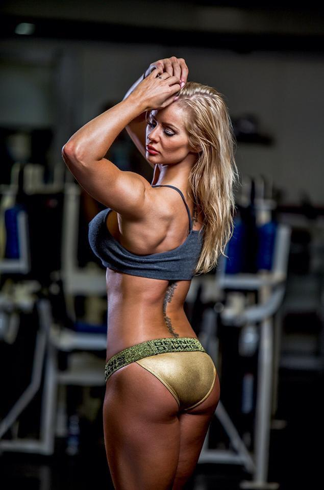 Charlayne Everhart Fitness Model Hot Profile Pictures 2015
