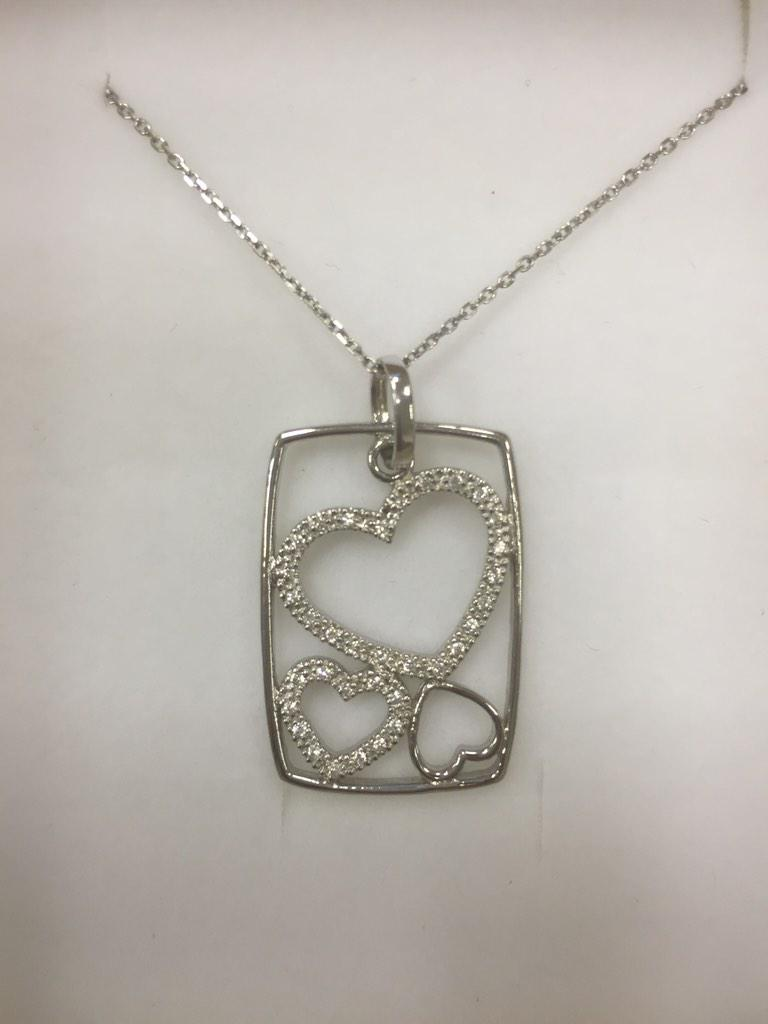 Comp Ends Sunday at 10pm  RT and Follow to WIN a Silver Pendant  #mrnickbick  http://t.co/tbudpZTEqw http://t.co/sKvFeBJR6d