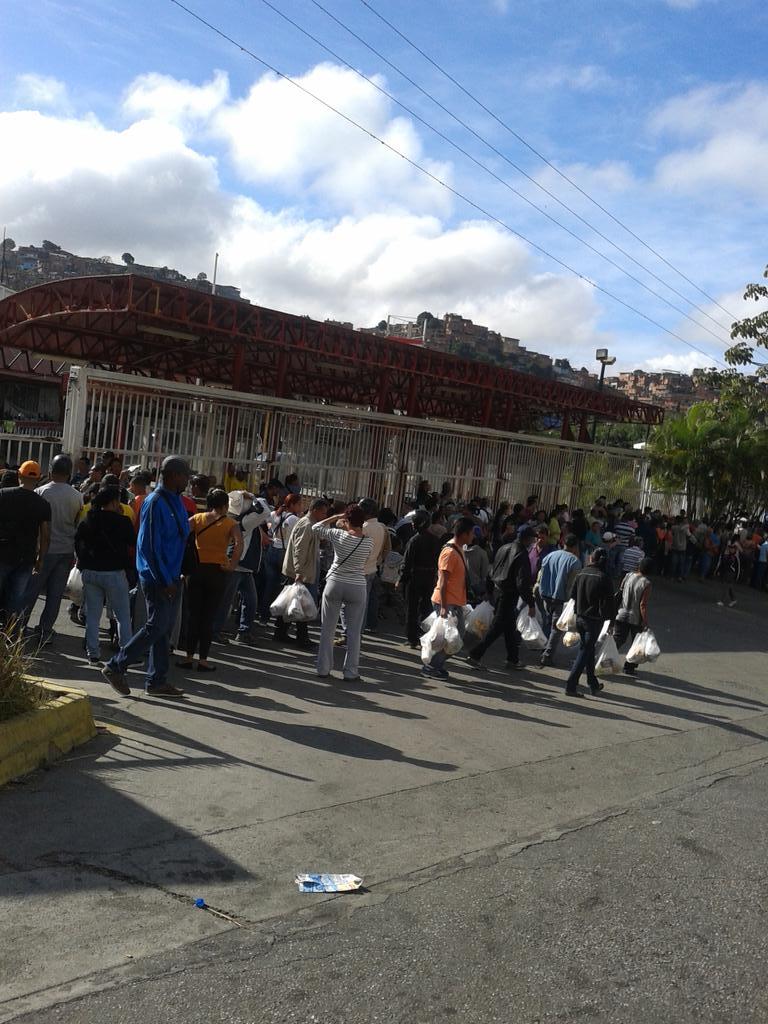 Protestas Enero 2015 - Página 2 B66nAAfCcAAm3Uc