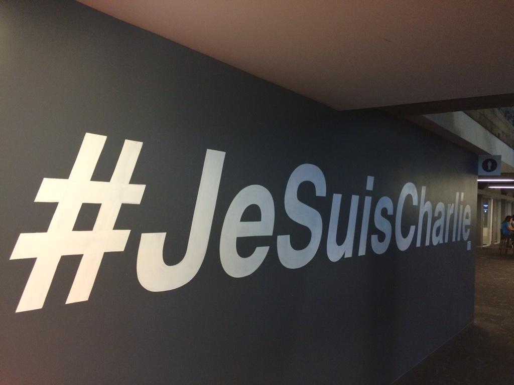 Twitter HQ aujourd'hui http://t.co/C6f3uhVWgw