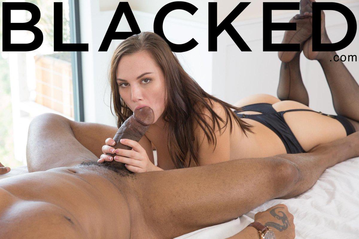 girlsgoingblack