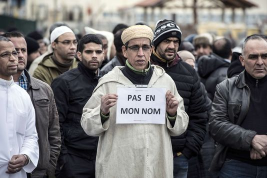 Des mosquées prises pour cibles, les musulmans de France inquiets http://t.co/wVhSOeTBVt http://t.co/8pty6nZNOn