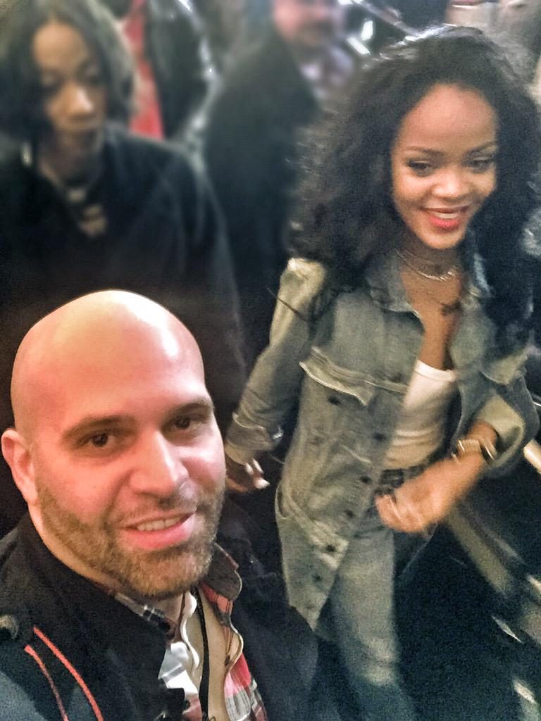 Here I am leaving with sexy #Riri @Rihanna #Rihanna #Entertainment #RNS #THRONEBOXING #Boxing http://t.co/AEjRVe4pyf