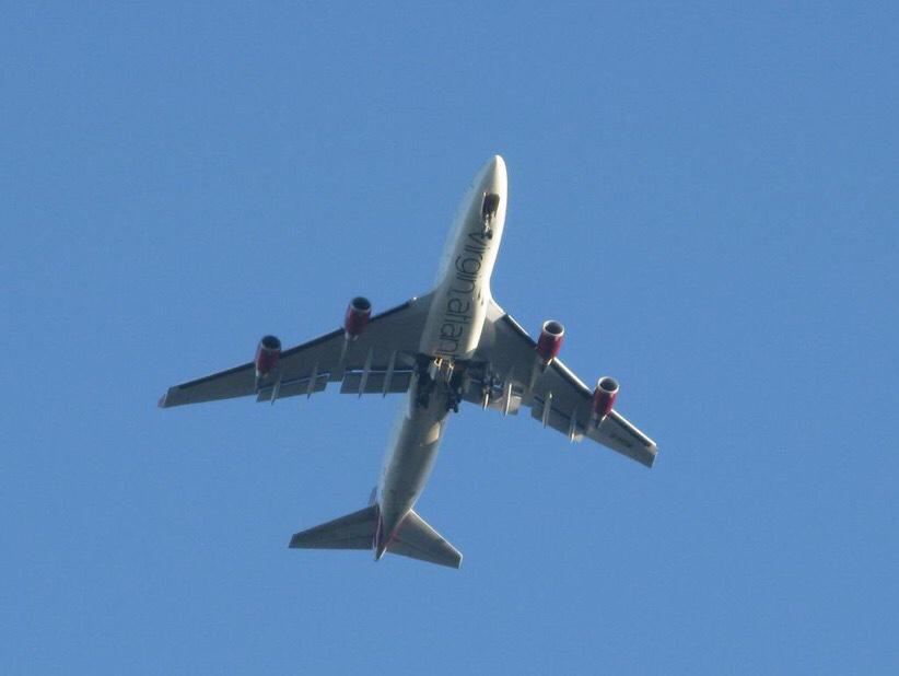 Virgin Atlantic plane in trouble - Stormfront  Virgin Atlantic...