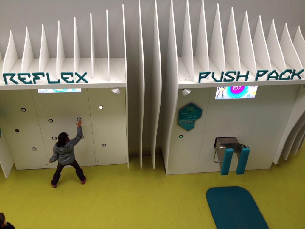 L'Arena Fun Xperiences (Pavillon du Futuroscope) · Février 2015 - Page 2 B6CBYf6IEAA5dYu