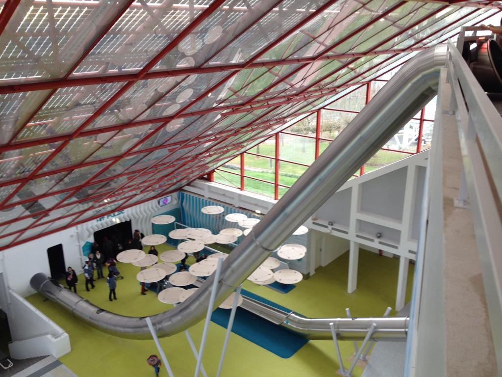 L'Arena Fun Xperiences (Pavillon du Futuroscope) · Février 2015 - Page 2 B6CBYh4IgAAJYV6