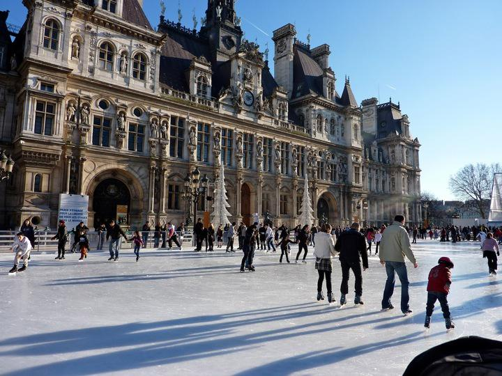 The best of winter in Paris...from the top fireplaces to raclette: http://t.co/LVyXS29j9v. Merci @JTaimeMNeither! http://t.co/Fed0TzZbU5