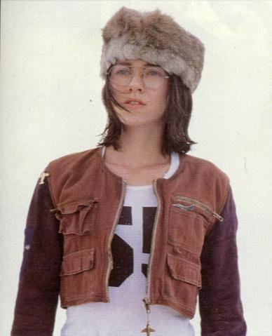 Let's all take a moment to appreciate Naomi Watts in TANK GIRL. http://t.co/4nJVGVgsNQ