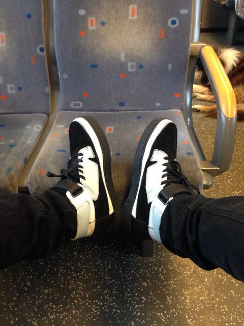 Dit kan me duur komen te staan! Maar ik ren dan lekker weg. #treinleven http://t.co/6qBlLzGVs8