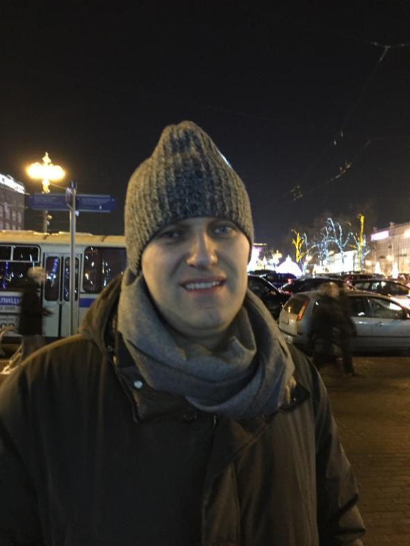 https://twitter.com/alburov