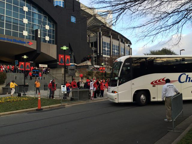 The dawgs have arrived at @belkbowl . @UGAAthletics http://t.co/v8bp8LkQAs