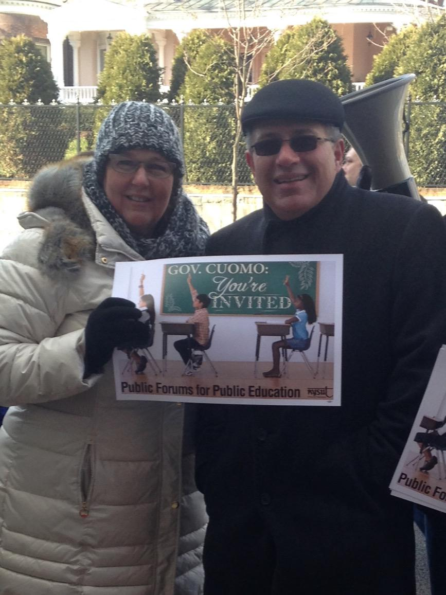 Cold, but NYSUT Proud! Standing in solidarity with NYSUT Exec VP Pallotta http://t.co/lLg5Be1ofO