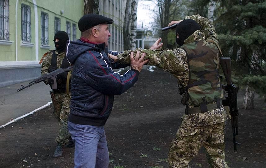 Один мирный житель погиб под обстрелом боевиков на Луганщине сегодня на рассвете, двое получили ранения, - Москаль - Цензор.НЕТ 6778