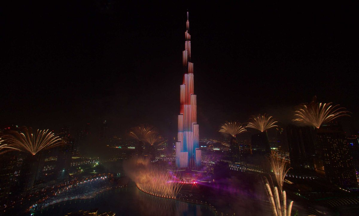 New year celebrations at Burj Khalifa - Most watched NY event in the world! http://t.co/anJm7wImWU