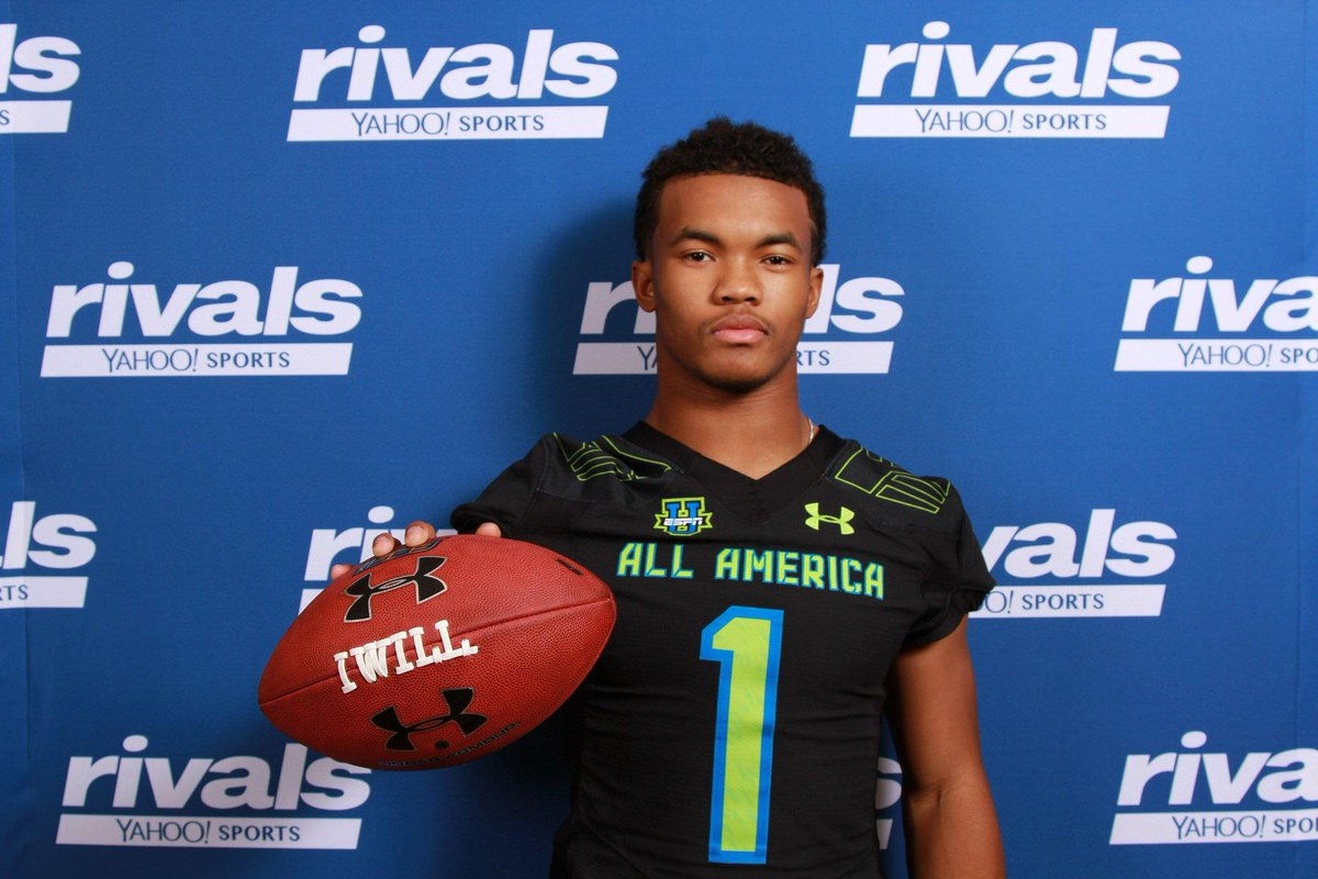 #UAAllAmerica rumor from today, QB Kyler Murray thinking about flipping to #Sooners -- interesting. #Aggies http://t.co/u1nmyeYipd
