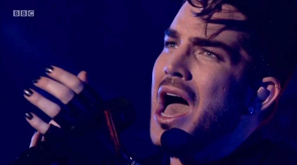 Oh the anguish of singing BoRap! Adam Lambert. http://t.co/p3fgrJVwbG