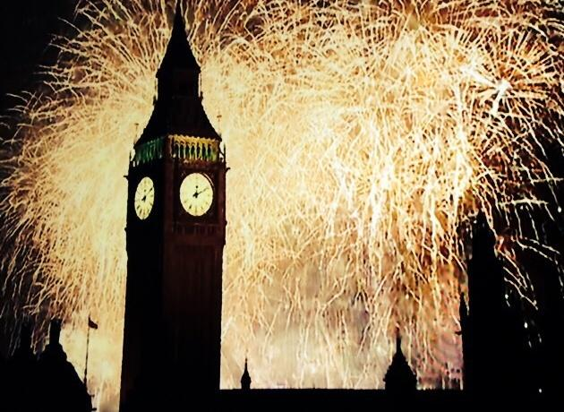 RT @LDN_gov: RT @vrayduhvoe: Woah there #NYE #NYE2015 #London http://t.co/zFpQxJx691