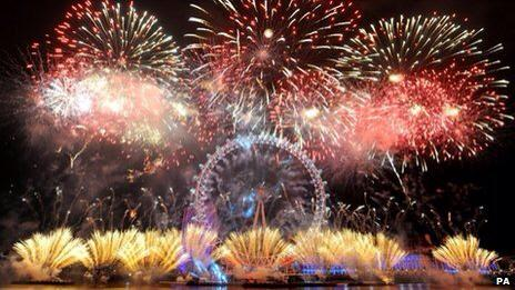 RT @LDN_gov: Glad you enjoyed them Tara! RT @TaraMacG: Great fireworks London. Nice work! #littletownthatcould  #2015 #LondonNYE http://t.c…