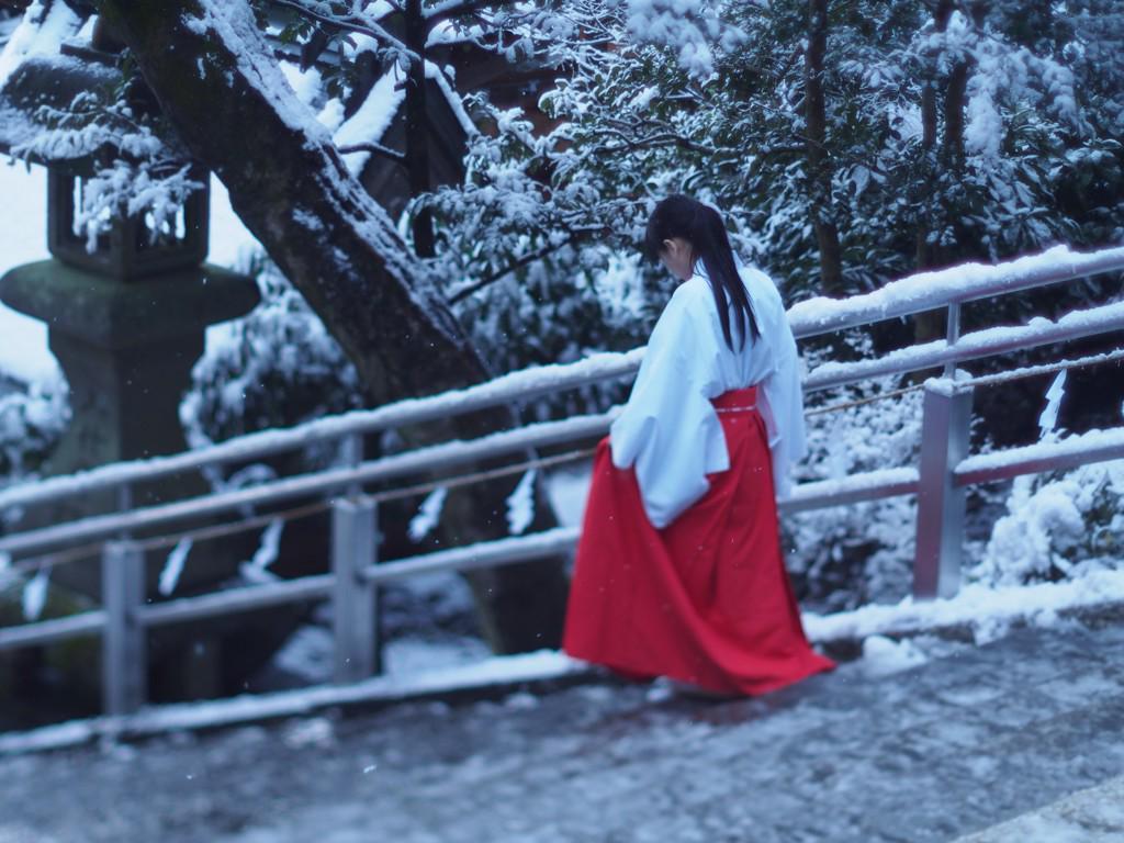 巫女さん(かわいい) http://t.co/r3GRU4JuRa