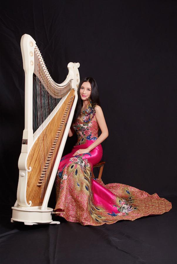 Konghou, la harpe doublée chinoise B6TpwXiIUAEkuyE