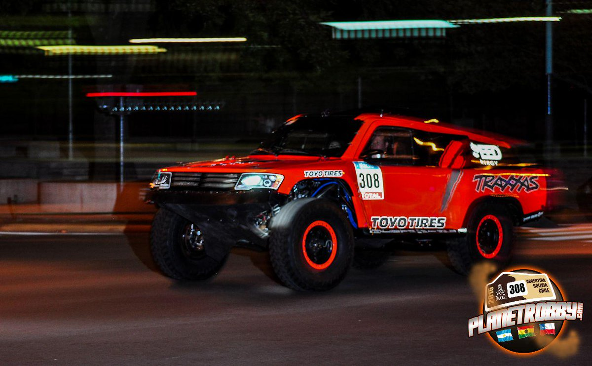 Evening stroll in Argentina @RobbyGordon @SPEED_ENERGY #TeamSPEED @ToyoTires @Traxxas #Dakar2015 http://t.co/XP3BvnZg2D