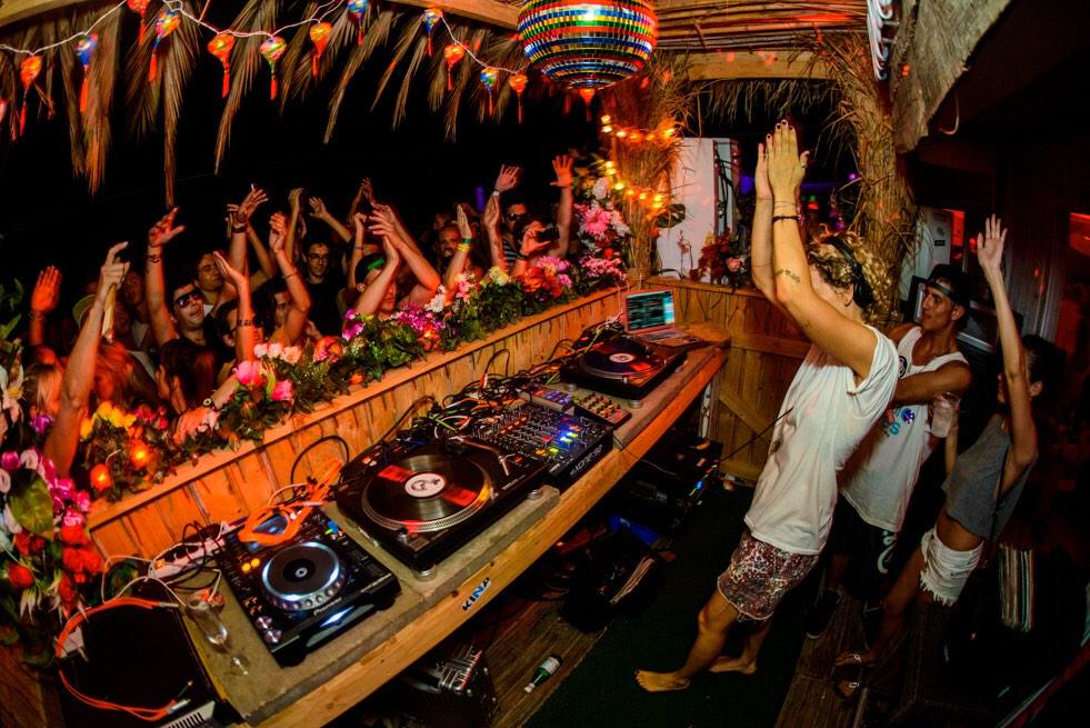 Get 2 know @tINItweed in her most recent @thumpthump interview http://t.co/sqi2VTalHx & see her 1/10 @ #TVLOUNGE http://t.co/dBlORNKy5F