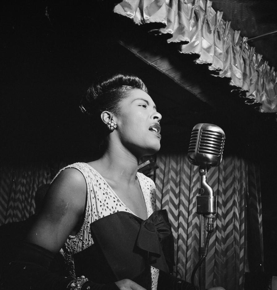 """If I'm going to sing like someone else, then I don't need to sing at all.""—Billie Holiday http://t.co/TihuqyYkmi"
