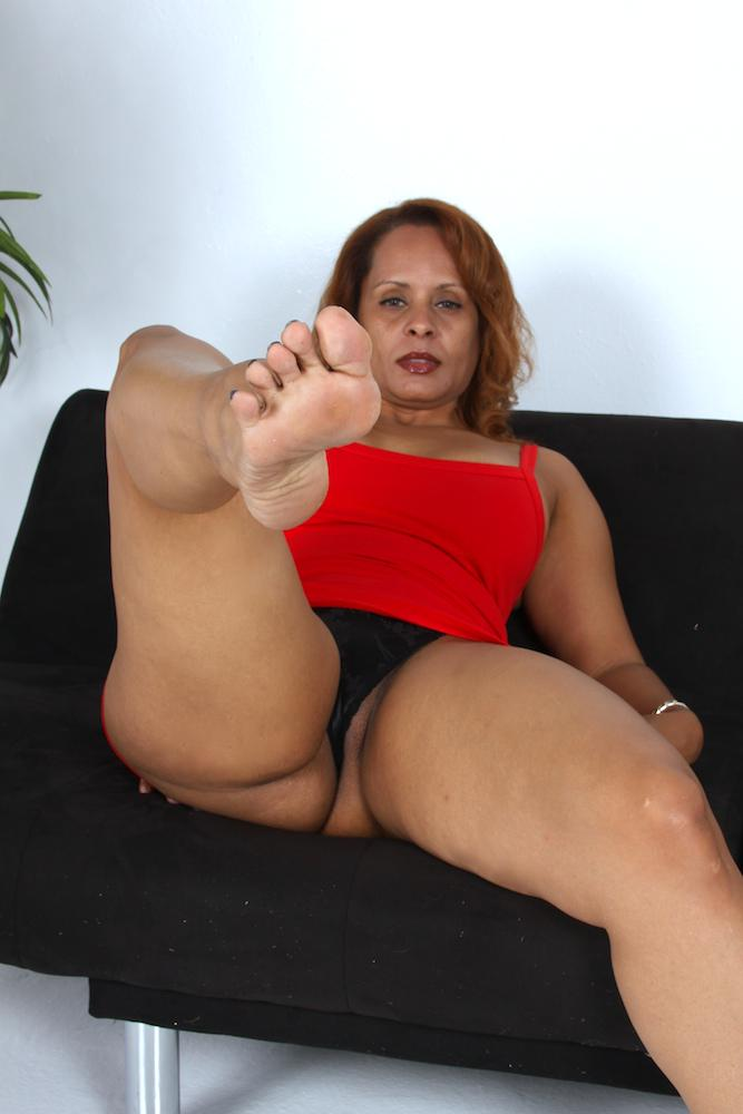 Milf foot fettish can look
