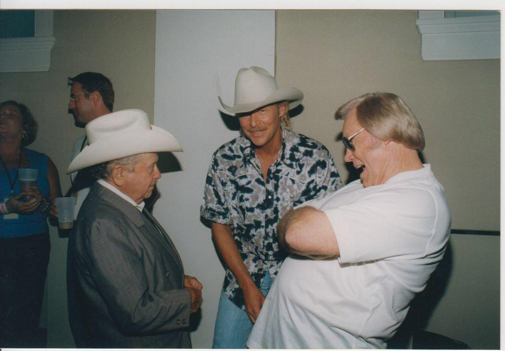 """We know y'all are """"pickin & grinnin"""" in Heaven tonight. RIP Little Jimmy Dickens. http://t.co/6kKHRrQDYt"""