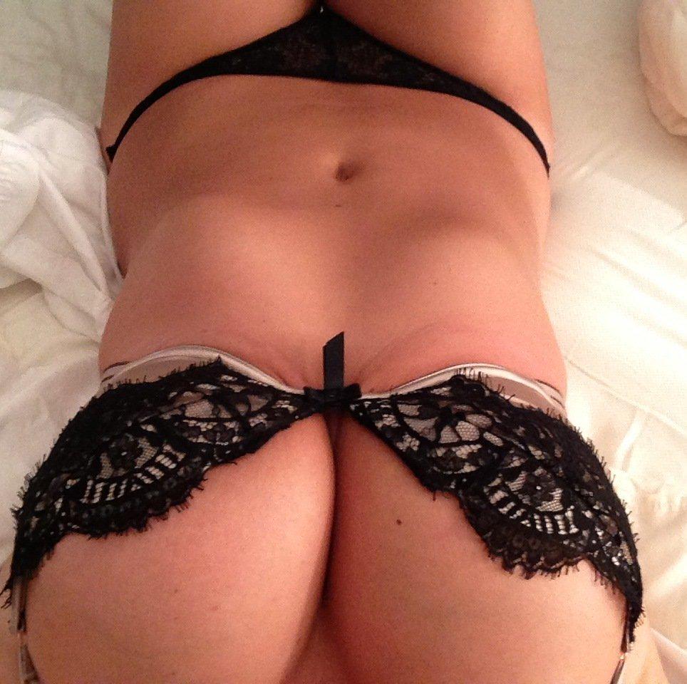 Fotos de Kate Upton pelada na cama 2015 vazam na Internet
