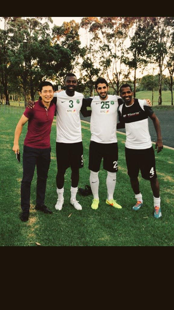 Look.. This guys are the best 4 back line in history of Saudi football league ever.  A clean record Champion 2011. http://t.co/ZlBInNCo9C