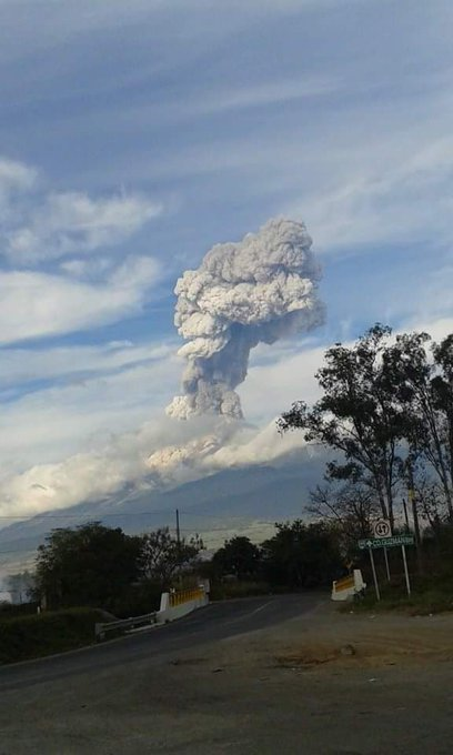 Volcanes 2015 B6b8wO5CEAAtbO3