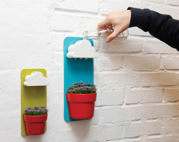 Rainy Pots Keep Plants Happy + Healthy  http://t.co/3WKCileVp9 http://t.co/ztKLMku7Lb