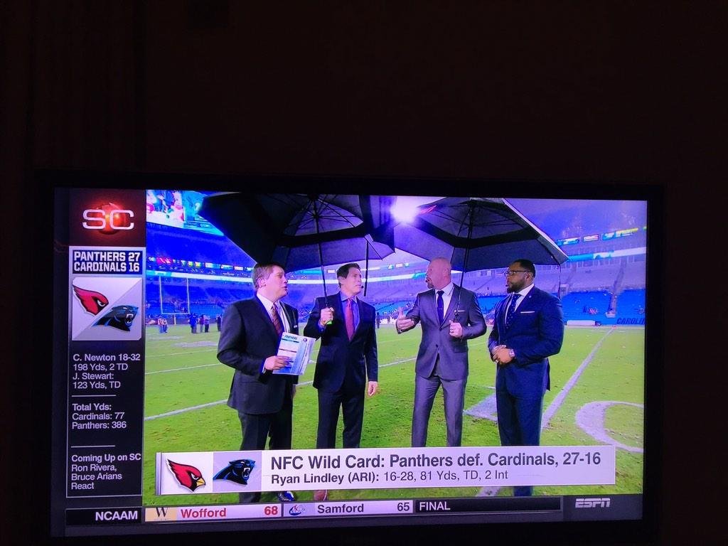 Biggest umbrellas of all times. #ESPN http://t.co/Ul9ktbJ9HV