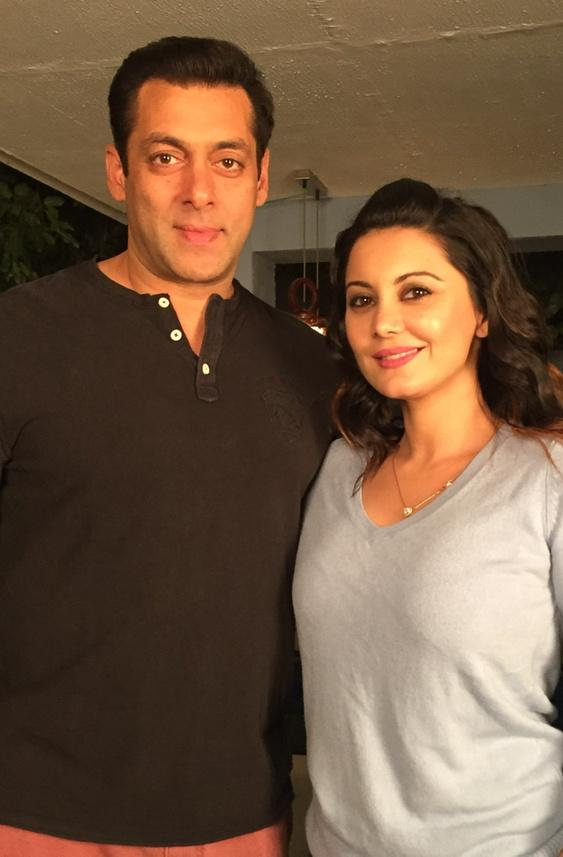 Handsome as ever... @BeingSalmanKhan and yours truly post the #BB8 shoot http://t.co/jHpQJQNg6H