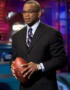 RIP Stuart Scott 1965-2015.   Gone too soon, but a life fully lived. #fighter #strongindividual http://t.co/LkeJSZC51c
