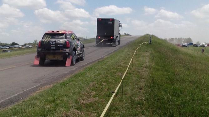 2015 Rallye Raid Dakar Argentina - Bolivia - Chile [4-17 Enero] - Página 6 B6hmjdZIMAAlPJ8