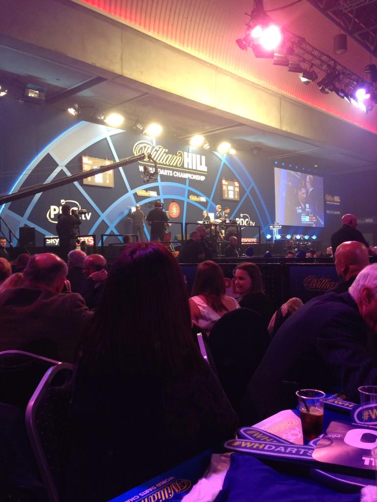 Lakeside in the morning... Ally Pally in the evening. #NoSuchThingAsTooMuchDarts http://t.co/FCr7mVzFMF