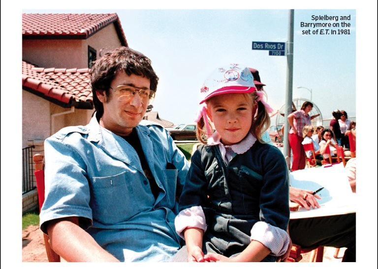 Steven Spielberg ve Drew Barrymore, ET setinde. 1981. http://t.co/98LdcsGI3r