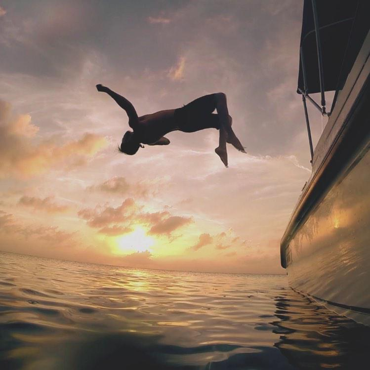 Aquatic acrobatics w/ @chordoverstreet   http://t.co/2rhRmEcJF9 http://t.co/gUYCrjCue9