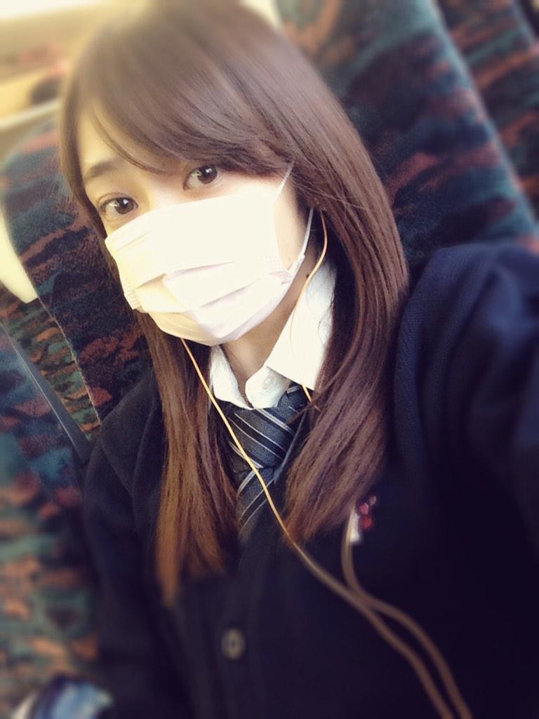 マスクの山谷花純