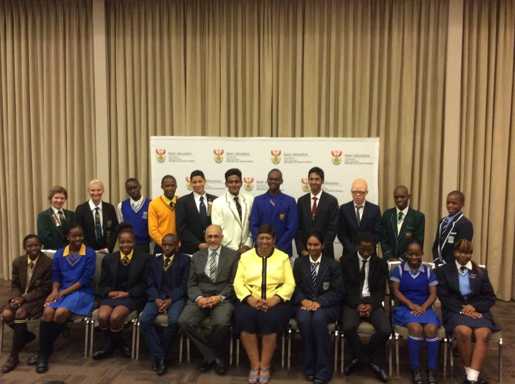 The top achievers from the #matric2014 class http://t.co/tXxcjgTwev
