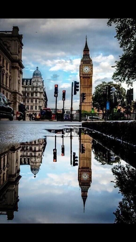London http://www.millionairenumbers.com #London #harrods #BigBen #uk #goldmobilenumbers #mobilenumbers #iPhone6Plus #adwordspic.twitter.com/EWm0HitEz0