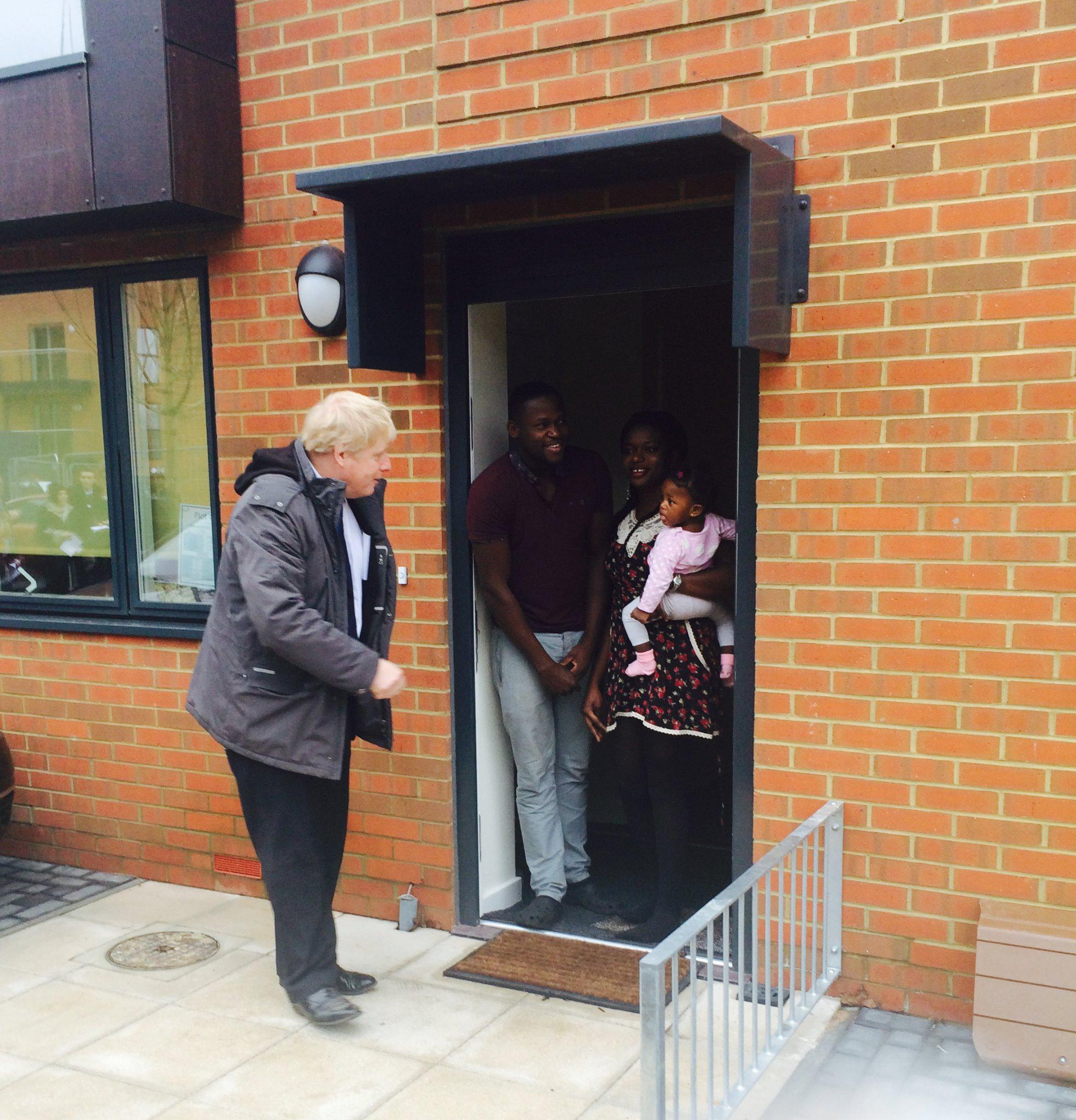While there I met with some of the families who have or are preparing to move in to their fantastic new homes 2/2 http://t.co/YiT0dUFKMg