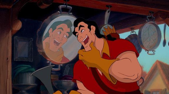 Gaston destroys a confident Disney visitor in a push-up contest http://t.co/enwxgpGyZ1