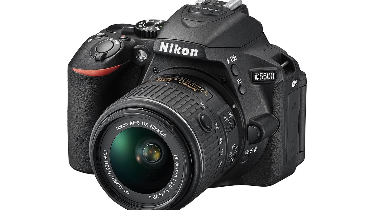Nikon announces the D5500, its first ever touchscreen DSLR