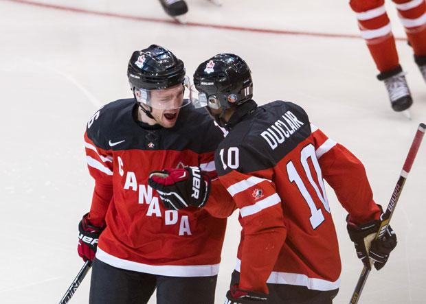 BREAKING: Canada wins gold 5-4 over Russia to win the World Junior Hockey title http://t.co/rnc6mv6Bi6 http://t.co/wd5XshYFPU