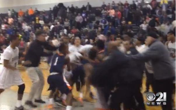 Fight breaks out after York beats Harrisburg. Watch the video here. http://t.co/XZKNdybcZW http://t.co/4xTckVskNM