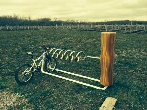 """Pic of the day: A #bike rack that every #wine lover should own!"" http://t.co/A1IhjZ86ps #picoftheday #winelover"
