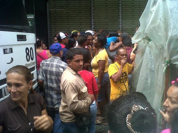 Gobierno de Nicolas Maduro. - Página 23 B6r-AlPIYAIXoGJ